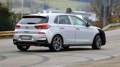 Hyundai i30 N-Line: le foto spia durante il collaudo  - Immagine: 2