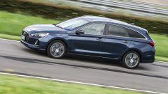 Hyundai i30 Wagon - linee solide e design a mo' di shooting brake