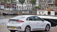 Hyundai Ioniq: car sharing elettrico nella capitale olandese