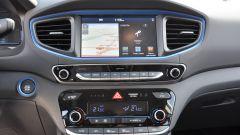 """Hyundai Ioniq: display da 7"""", associabile con dispositivi Apple e Android"""