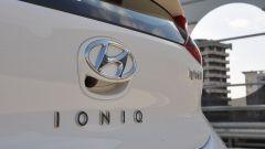 Hyundai Ioniq Hybrid: prova, dotazioni, prezzi - Immagine: 14
