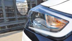 Hyundai Ioniq: prese d'aria con luci a LED integrate e finiture blu
