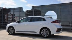 Hyundai Ioniq: silhouette da coupé