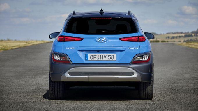 Hyundai Kona 2021 Full Hybrid: visuale posteriore