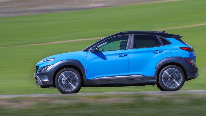 Hyundai Kona 2021: laterale