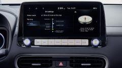 Hyundai Kona Electric 2021: il display centrale