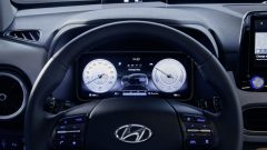 Hyundai Kona Electric 2021: il volante e la strumentazione