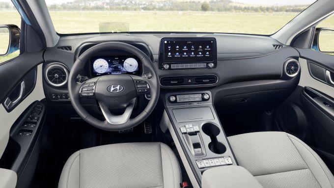 Hyundai Kona Electric 2021: interni