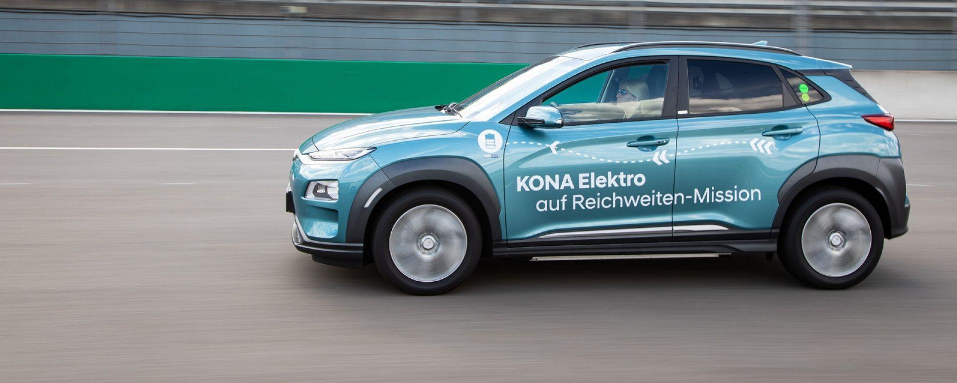 Hyundai Kona Electric: è record di autonomia al Lausitzring