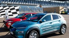 Hyundai Kona Electric più di 1.000 km con una sola ricarica