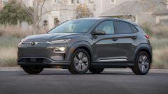 Hyundai Kona Electric: vista 3/4 anteriore