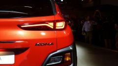 Hyundai Kona: fari posteriori