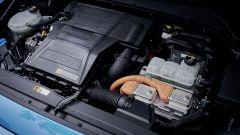 Nuova Hyundai Kona Hybrid 2019: la prova [VIDEO] del SUV ibrido - Immagine: 23