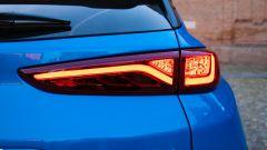 Hyundai Kona Hybrid, fari posteriori