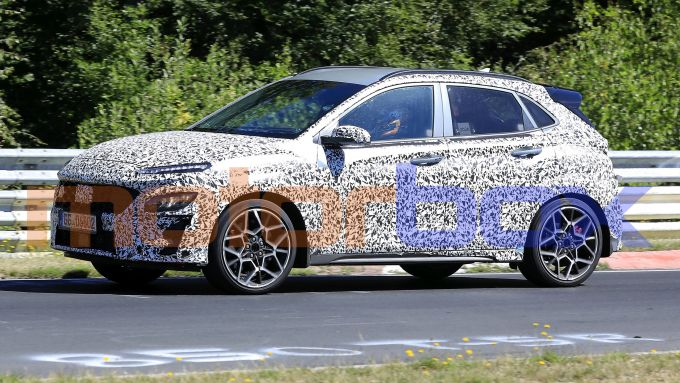 Hyundai Kona N 2021: le foto spia al Nurburgring