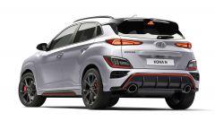 Hyundai Kona N 2021, visuale di 3/4 posteriore