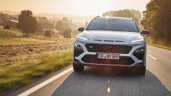 Hyundai Kona N: prova, interni, prezzi, video