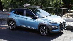 Hyundai Kona trequarti anteriore
