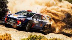 Hyundai Motorsport è in testa al primo giorno del Rally Italia Sardegna