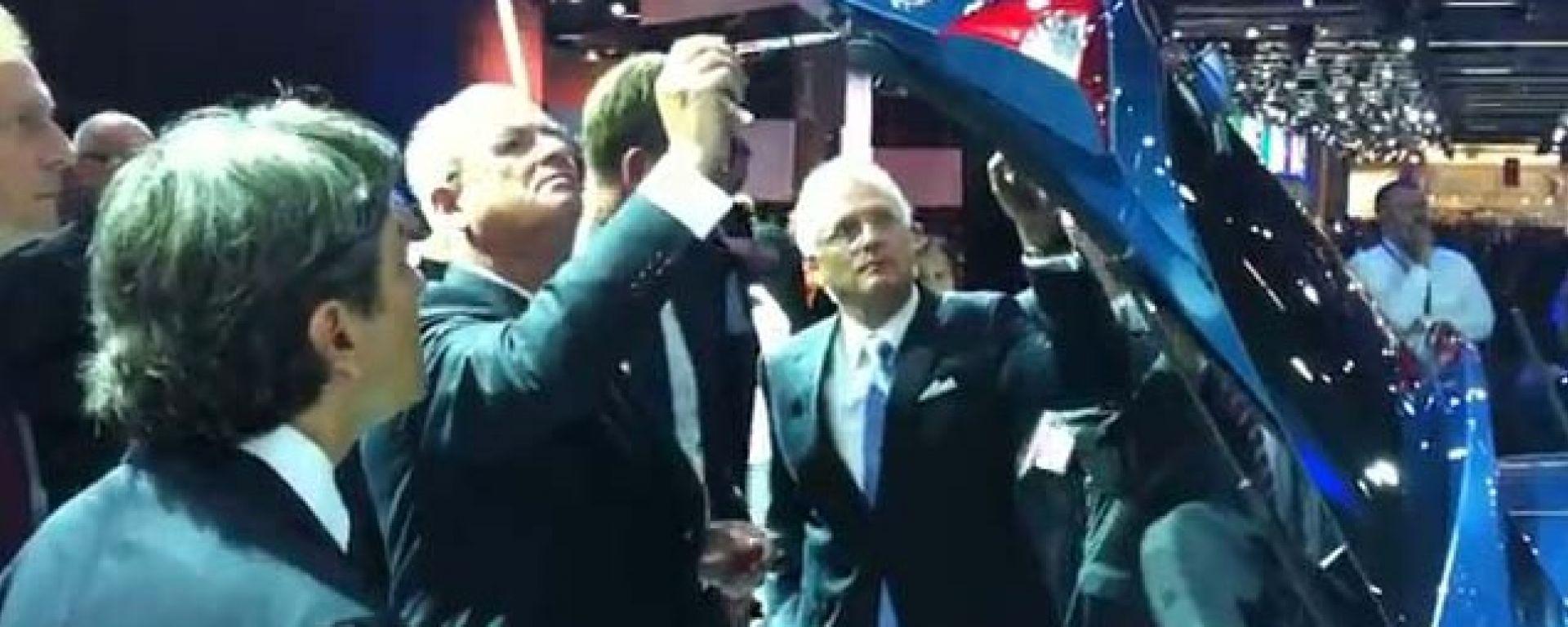 Video: il capo di Volkswagen spopola nel web