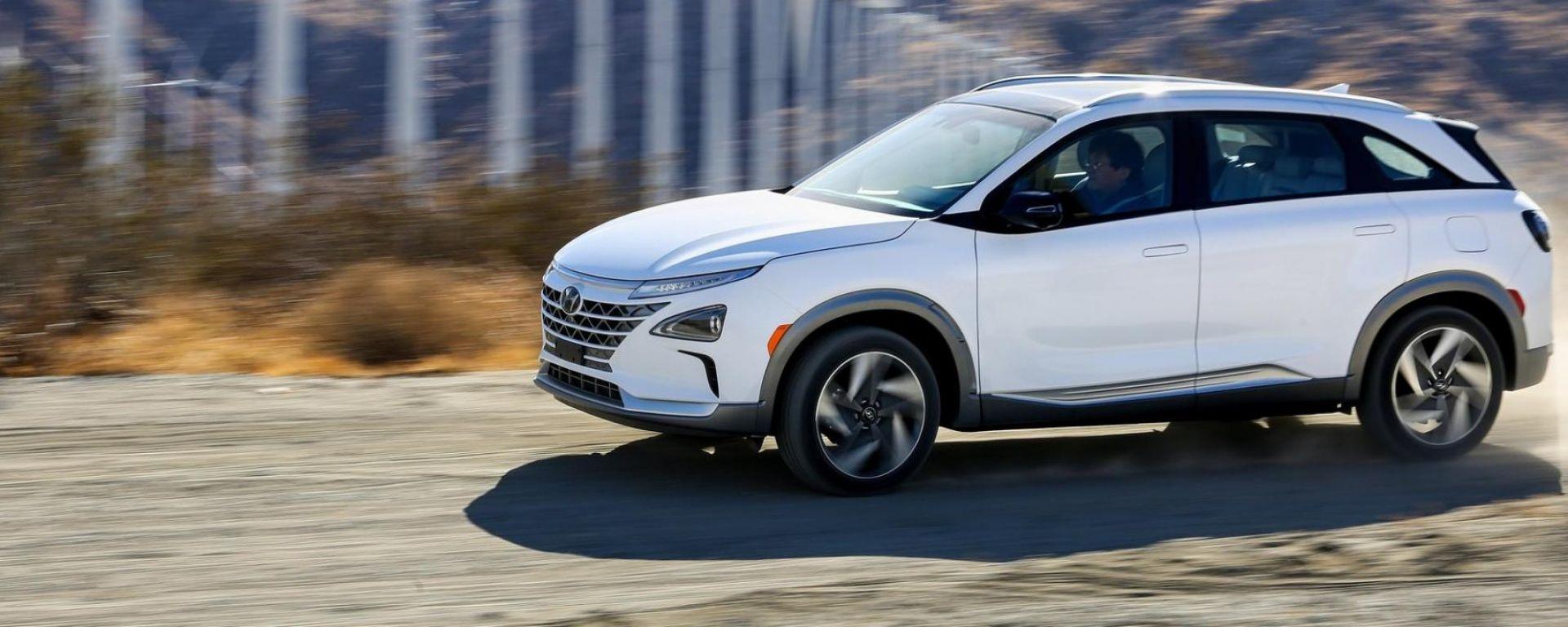 Hyundai Nexo, l'auto a idrogeno in Trentino è già su strada