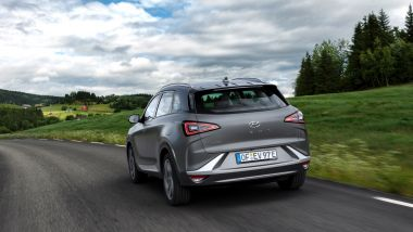 Hyundai punta sull'idrogeno: la nostra prova della Nexo fuel cell a idrogeno