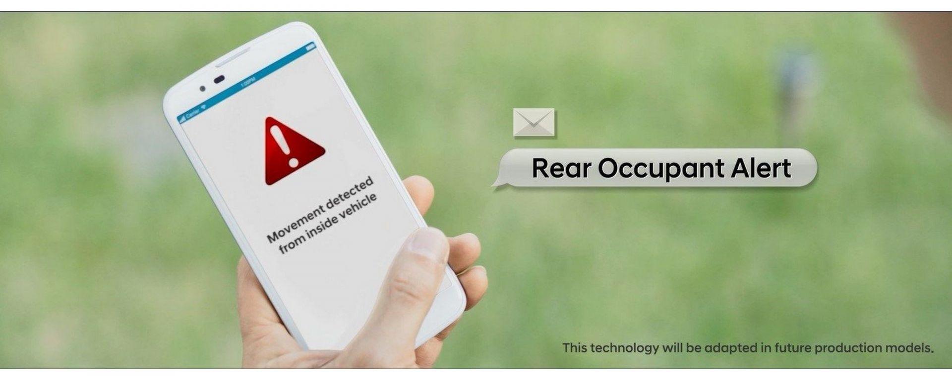 Hyundai Rear Occupant Alert: avviso allo smartphone con sistema Hyundai'sBlueLink