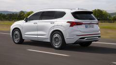 Nuova Hyundai Santa Fe, è ultra-restyling. I motori ibridi - Immagine: 15