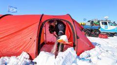Hyundai Santa Fe in Antartide: una delle tende