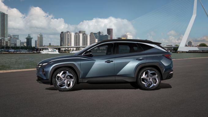 Hyundai Tucson 2020: visuale laterale