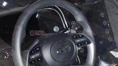 Nuova Hyundai Tucson 2021: foto spia interni. Ecco il touchscreen