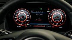 Hyundai Tucson Hybrid 2021, interni: il cruscotto digitale con mappatura motore Sport