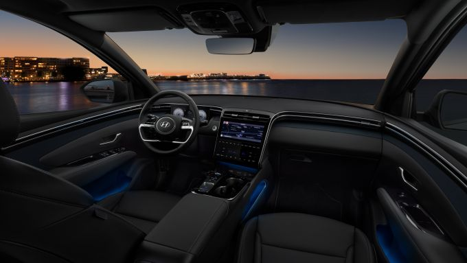 Hyundai Tucson Hybrid 2021, interni: l'abitacolo