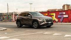 Hyundai Tucson Hybrid 2021: le forme spigolose