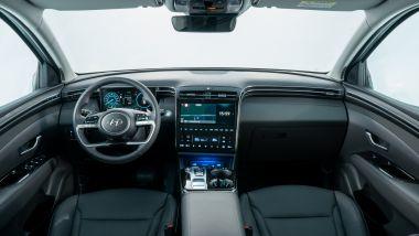 Hyundai Tucson plug-in hybrid: l'abitacolo lussuoso e davvero ospitale