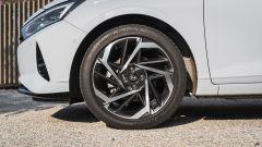 I cerchi in lega della Hyundai i20 1.0 T-GDi mild hybrid