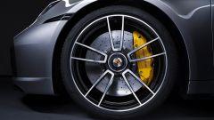 I freni di Porsche 911 Turbo S 2020