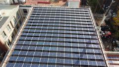 I pannelli solari che alimentano la stazione kWngo