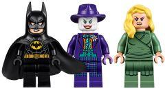 I personaggi presenti nel set della Batmobile LEGO
