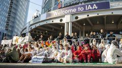 IAA Monaco 2021 e polemiche: perché gli ambientalisti protestano
