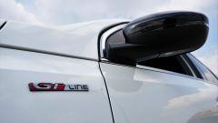 Il badge indica che la Peugeot 308 in prova fa parte della famiglia GT Line