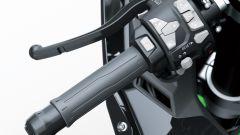Il blocchetto sul semimanubrio della Kawasaki Ninja ZX-10R 2021