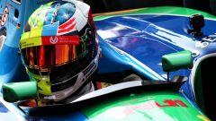 Il casco di Mick Schumacher, vista frontale (2)