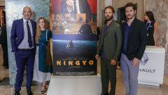 Il cast di Ningyo al completo: Gabriele Mainetti, Alessandro Borghi, Aurora Ruffino e lo sceneggiatore Luca Guaglianone