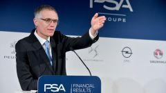 Il CEO del Gruppo PSA Carlos Tavares