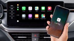 Il collegamento Smartlink+ per gli smartphone di Skoda Kamiq