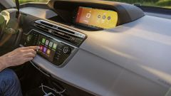 Il Connect Nav di Citroen C4 Grand Picasso è compatibile con Apple CarPlay e Mirror Link