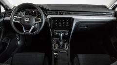 Il cruscotto di Volkswagen Passat Variant Hybrid Plug-In GTE