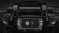 Il display con schermata caratteristica della Ducati Diavel 1260 Lamborghini
