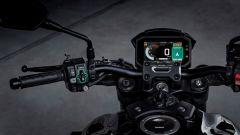 Il display della Honda CB1000R con l'app Honda Voice Control System